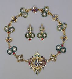 Jewelry set given by Mary, Queen of Scots to her attendant, Mary Seton. The set passed by descent to Archibald William, 13th Earl of Eglinton; it was bequeathed to his daughters, who sold it to Christie's on 22 Feb. 1894. Acquired by Algernon Borthwick, 1st Baron Glenesk (1830-1908); by descent it passed to his daughter, Lilias Countess Bathurst (d.1965); by whom presented it to Queen Mary on the Silver Jubilee, May 1935. Acquired for the Royal Collection by Queen Mary of Teck.