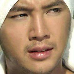 Resultado de imagen para jang geun suk  de rojo