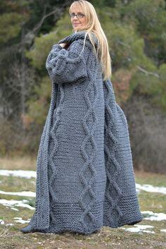 ORDER hand knitted wool cardigan handmade wool coat long wool sweater chunky cardigan bulky wool jacket hooded cardigan wool hoody Plus size Knitted Coat, Mohair Sweater, Sweater Coats, Wool Cardigan, Wool Coat, Hooded Cardigan, Gros Pull Mohair, Bolero, Chunky Cardigan