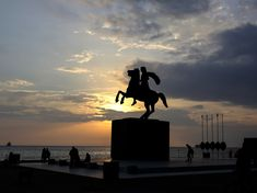 Let's see the sunset along side a Great King Beautiful Sunset, Most Beautiful, Great King, Alexander The Great, Thessaloniki, Ghosts, Youth, Romantic, Explore