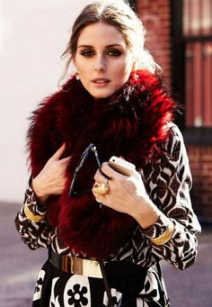luvrumcake: Olivia Palermo in a fox collar coat and gold accessories.
