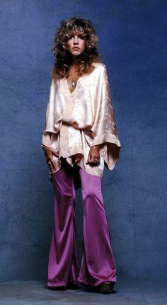 Patti Hansen, Lauren Hutton, 00s Mode, 70s Fashion, Vintage Fashion, Decades Fashion, High Fashion, Rock And Roll, Stevie Nicks Fleetwood Mac