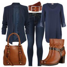 Schöner Businesslook aus blauer Tunika, blauem Blazer und braunen Accessoires... #fashion #lifestyle #mode #frauenmode #damenmode #frauenoutfit #damenoutfit #kleidung #shoppen #shopaholic #tasche #jeans