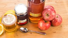 Get Nice Apple Cider Vinegar For Weight Loss? Apple Cider Vinegar For Weight Loss? Apple Cider Vinegar Remedies, Apple Cider Vinegar Benefits, Apple Vinegar, Vinegar For Acne, Vinegar And Honey, Weight Loss Meals, Losing Weight, Home Remedies, Natural Remedies