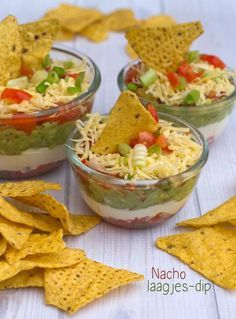 ItsMeGen saved to laagjes dip txt Tapas Recipes, Diner Recipes, Mexican Food Recipes, Snack Recipes, Amish Recipes, Dutch Recipes, Tortilla Dip, Snacks Für Party, Food Presentation