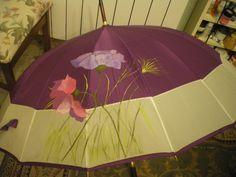 Paraguas pintado a mano alzada