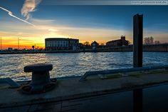 WILHELMSHAVEN: Sonnenuntergang an der ehemaligen I. Einfahrt