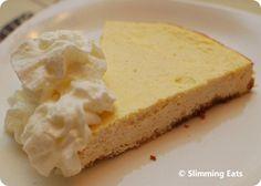 3 syns a slice. Baked Vanilla Cheesecake | Slimming Eats - Slimming World Recipes