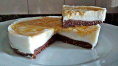 INGREDIENTES PARA LA BASE: (molde redondo de 18 cm)     INGREDIENTES PARA LA BASE: (molde redondo de 18 cm)  - 55 gr de harina de avena sabor brownie - 75 ml de claras - 10 gr de coco rallado