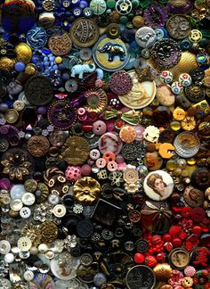 RESERVED 3000 Antique Vintage Modern Buttons Collection Glass Popper Steels China Golden Age Goodyear Horn MOP Satsuma Bakelite Part 2