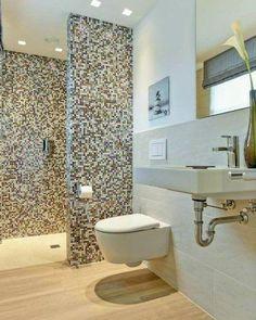 moderne Stadtvilla über 180 qm Wohnfläche massiv bauen in Hamburg, Stade, Cuxhaven Rustic Bathroom Designs, Bathroom Layout, Basement Bathroom, Modern Bathroom Design, Bathroom Interior Design, Kitchen Interior, Bad Inspiration, Bathroom Inspiration, Tiny Bathrooms