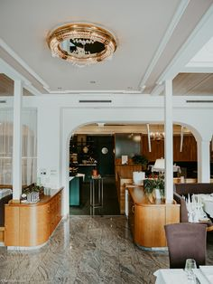 Pure relaxation: Gartenhotel Crystal in Zillertal   Family First Switzerland Indoor Playroom, Superior Hotel, Girlfriends Getaway, Beste Hotels, Water Bed, Relaxation Room, Breakfast Buffet, Travel Organization, Jacuzzi
