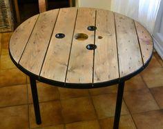 Table basse touret avec tranche noire
