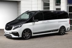 TopCar's Inferno Body Kit Makes Mercedes V-Class Look Hotter Mercedes Vito Camper, Mercedes Sprinter, Sprinter Van, Mercedes Benz Viano, Mercedes Amg, Latest Bmw, Outdoor Survival Gear, Cool Vans, Classic Mercedes