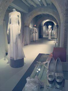 Donne /sposa Ballet Shoes, Dance Shoes, Wedding Dresses, Fashion, Ballet Flats, Dancing Shoes, Bride Dresses, Moda, Bridal Gowns