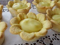 Source by graziamanzana Italian Cookie Recipes, Italian Cookies, Italian Desserts, Mini Desserts, Bakery Recipes, Dessert Recipes, Cooking Recipes, Italian Pastries, Xmas Food