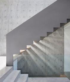 Russet Residence — Splyce Design  Jeu de lumière