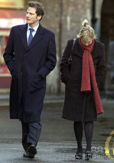 Filming 'Bridget Jones -the Edge of Reason' in Borough Market, South London 10/15/2003 052942 Photo: Mark Calleja/ Alpha/Globe Photos Inc. 2003 Renee Zellweger and Colin Firth