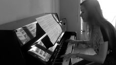 """Piano cover of Ratatat 's song """"Cream on Chrome"""" from the album Magnifique I arranged this song of Ratatat that I like very much and, for once, I wrot."""