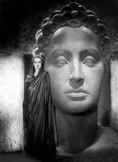 Brigitte Helm in L'Atlantide [US title:The Lost Atlantis] (GW Pabst, 1932)