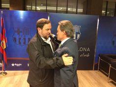 L'abraçada de @junqueras al #presidentMas a l'estadi del @FCBarcelona ! directe!cat, 29 DE SETEMBRE DE 2015