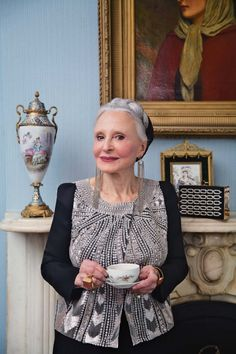 How to grow old in style. Lots of older fashionable woman