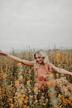 Arizona Flower Field Senior Photoshoot - Senior Picture Information - Lakota East High School Dark Portrait, Portrait Photos, Woman Portrait, Portrait Ideas, Photography Senior Pictures, Spring Photography, Portrait Photography Poses, Digital Photography, Fashion Photography