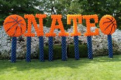 Outdoor name in balloons, perfect for a basketball themed Bar Mitzvah.