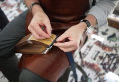 Comment coudre le cuir à la main ? - Petite maroquinerie - artisanat du cuir - Handmade leather accesory fashion work