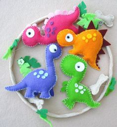 Dinosaur Felt Mobile - Baby mobile - Childrens mobile - Multicoloured mobile Dinosaur Felt Mobile babys mobile childrens mobile by FlossyTots Forghani Forghani Forghani Coronado let's make one for Roxy! Kids Crafts, Baby Crafts, Craft Projects, Sewing Projects, Arts And Crafts, Easy Felt Crafts, Craft Ideas, Preschool Crafts, Fabric Crafts