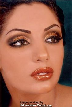 Arabic makeup love they way they wear their makeup