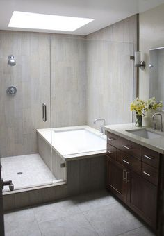 99 Small Master Bathroom Makeover Ideas On A Budget (65)