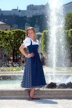Trachtenmoden Lanz - aus der Sommerkollektion 2015 - Mirabellgarten Salzburg. #salzburg #trachten #dirndl