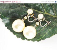 Vintage Pearl Earrings Designer MARVELLA by AVintageJewelryChest, $16.00