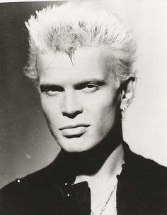 Billy Idol. Everything that comes out of his mouth is just as sexy as the rest of his face. #HotRockers #JawLine