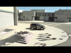 ▶ Awesome optical illusion commercial by Honda - YouTube