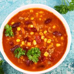 Super delicious, thick and filling Mexican soup . This is my favorite recipe for mince soup so quick to make. You can do it in a mild or spicy version. Healthy Meals For Kids, Kids Meals, Healthy Recipes, My Favorite Food, Favorite Recipes, Eat Happy, Mince Recipes, Chana Masala, Eating Well