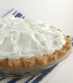 Peach Cream Pies, Fresh Peach Pie, Fresh Cream, Peach Cake, Plum Cake, Pie Recipes, Dessert Recipes, Dessert Ideas, Desert Recipes