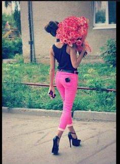 Pink skinnies. <3