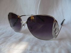 Vintage 1970s Wire UPSIDE DOWN SUNGLASSES by HousewifeVintage, $19.00