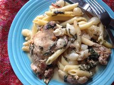 Sheet Pan Supper:  baked chicken thighs with pearl onions, spinach and penne