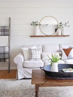 How to paint shiplap walls! An easy step by step tutorial for painting shiplap and my top favorite white shiplap paint colors! How to paint shiplap walls! An easy step by step tutorial for painting shiplap and my top favorite white shiplap paint colors! New Living Room, Living Room Modern, Living Room Designs, Small Living, Living Room White Walls, Moroccan Decor Living Room, Living Room Decor, Decor Room, Wall Decor