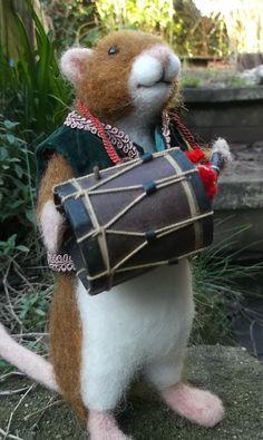 Needle Felted Animal OOAK Little Drummer Mouse by MrsPlopsShoppe