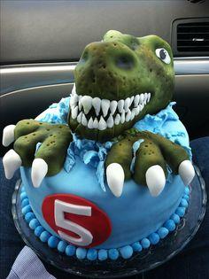 T Rex birthday cake - Jami Sanders - Dinasour Birthday Cake, Dinasour Cake, 3rd Birthday Cakes, Dinosaur Birthday Party, 4th Birthday, Birthday Ideas, T Rex Cake, Dino Cake, Cupcakes