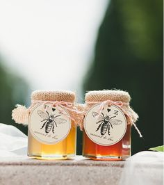 Customized Honey Jar Wedding Favors for Fall Weddings, burlap Wedding Favor…