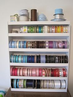 Ribbon Storage..... I think I can make this myself. It is a tutorial made with foamboard and hot glue.