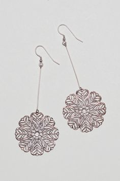 Filigree bold silver earrings