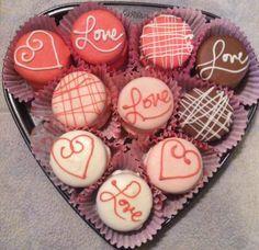 Valentines chocolate covered oreos
