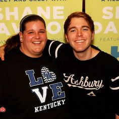 "Hey everyone I got to meet @shanedawson tonight and the only thing I could say to him wa ""glad that your tall!"""