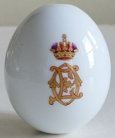 (10) FABERGE eggs__Easter Egg with monogram of Ella ( Elizaveta Feodorovna), sister of Alix ~ each year Romanovs ordered 600-800 of Easter Eggs with personal monograms to present eggs to courtiers or people they want to thank in Easter. These eggs were made from porcelain or gems in one of factories of St Petersburg.